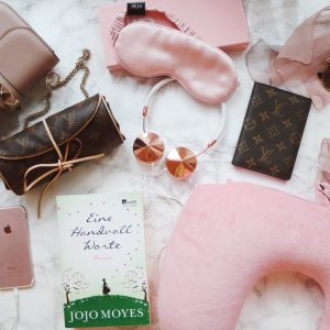 Carry On Must-Haves For Jet-Set Girls | THE DAILY HAPPINESS