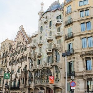Postcards From Barcelona | THE DAILY HAPPINESS