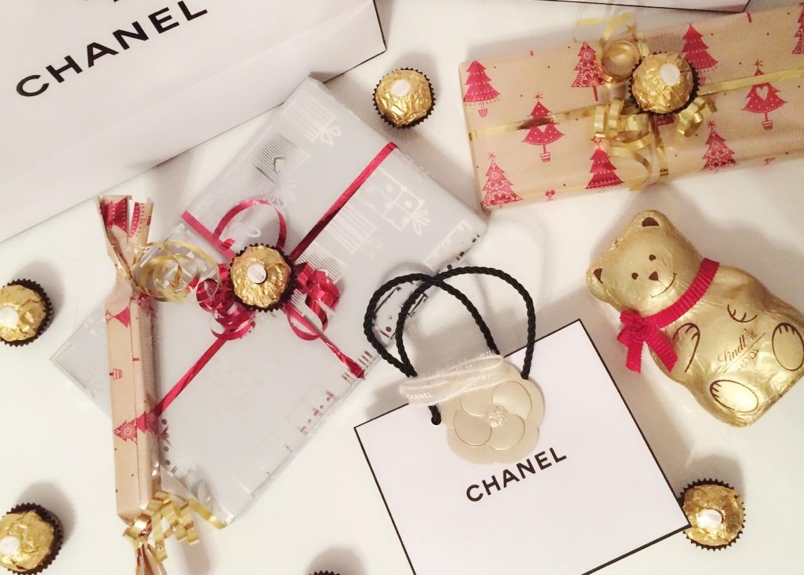 The Christmas Gift Guide For All Your Beloved Ones! | LY MADEMOISELLE