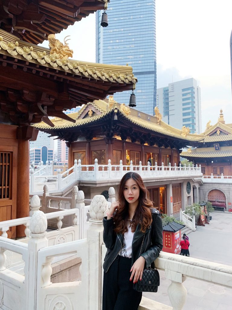 About Me in Shanghai | THE DAILY HAPPINESS