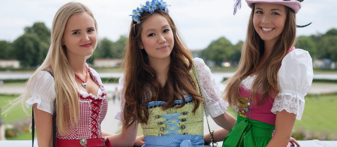 8 Rules to get the perfect Dirndl look for Oktoberfest