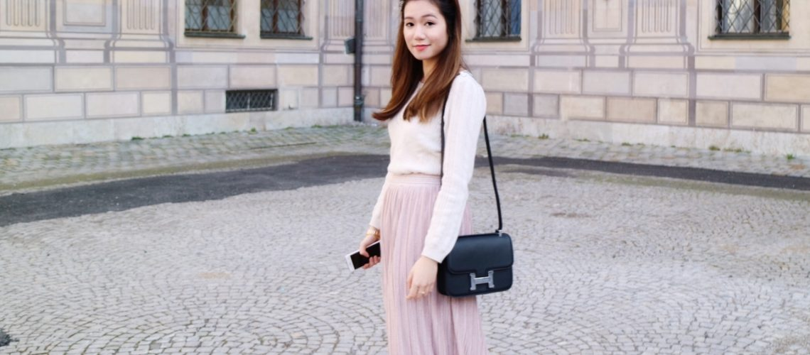 v2 Ways To Kill It In A Skirt This Winter!